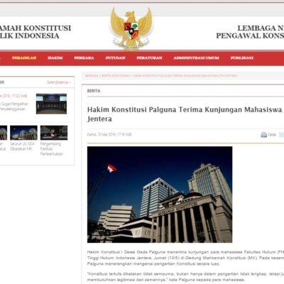 Hakim Konstitusi Palguna Terima Kunjungan Mahasiswa STHI Jentera